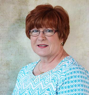 headshot of Carlie Stephens